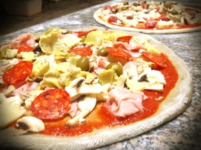 Pizza con farina di Canapa Sativa